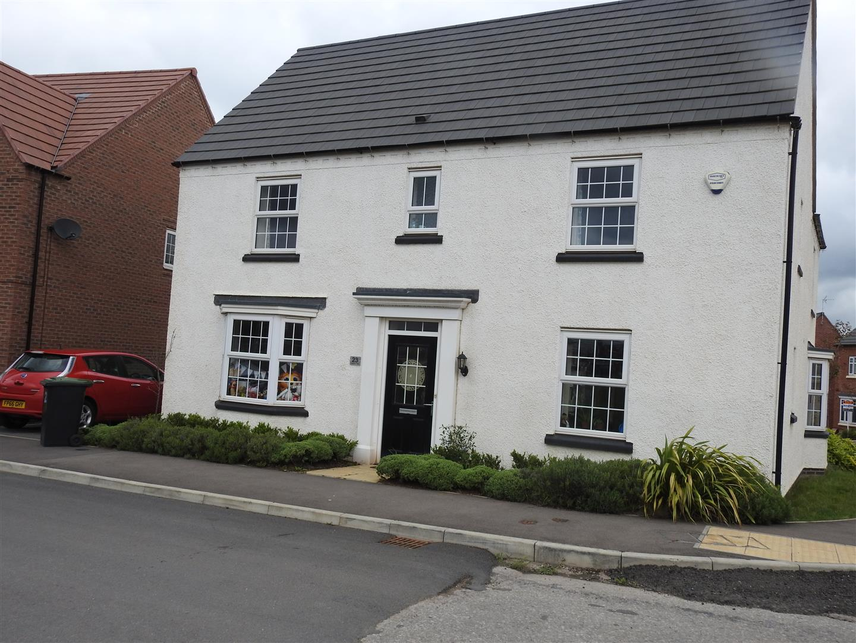 4 Bedrooms Detached House for sale in Emperors Way, Hucknall, Nottingham